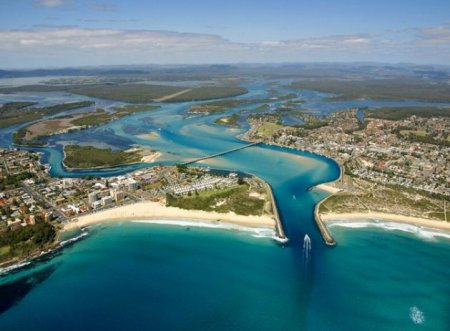 motels in forster tuncurry nsw near the beach. Black Bedroom Furniture Sets. Home Design Ideas